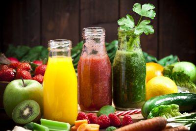 Verschiedenes Obst und Gemüse, reich an Vitamin C